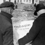 Polen, Zichenau, Abbruch von Gebäuden