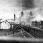 Wysiedlenie ludności polskiej z okolic Żywca, w latach 1940-1941. Pociąg z wysiedleńcami odjeżdżający ze stacji Żywiec.